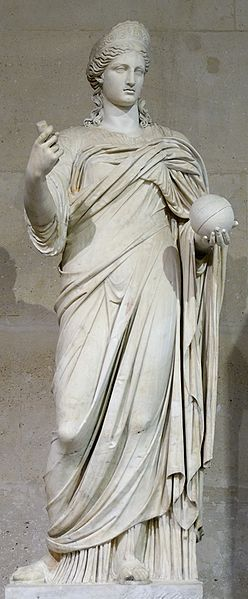 Statue of a woman in a toga.