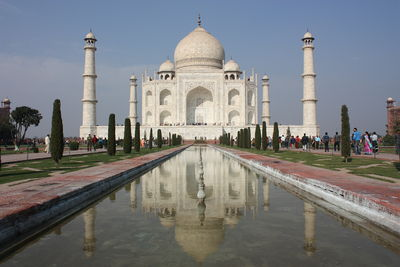 origins and architecture of the taj mahal encyclopedia